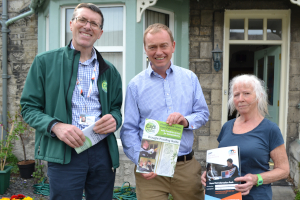 Tim Farron with CAfS Andrew Northcott and LEAP visit householder